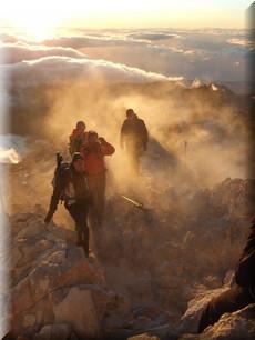 Blick vom Teide in der aufgehenden Sonne